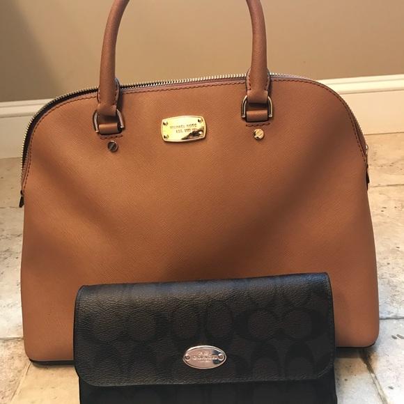 9f9ebc0b9f Michael Kors bag AND Coach wallet. M 5b2fa2b08ad2f9e99bf74801